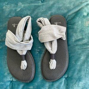 Yoga foam sandals